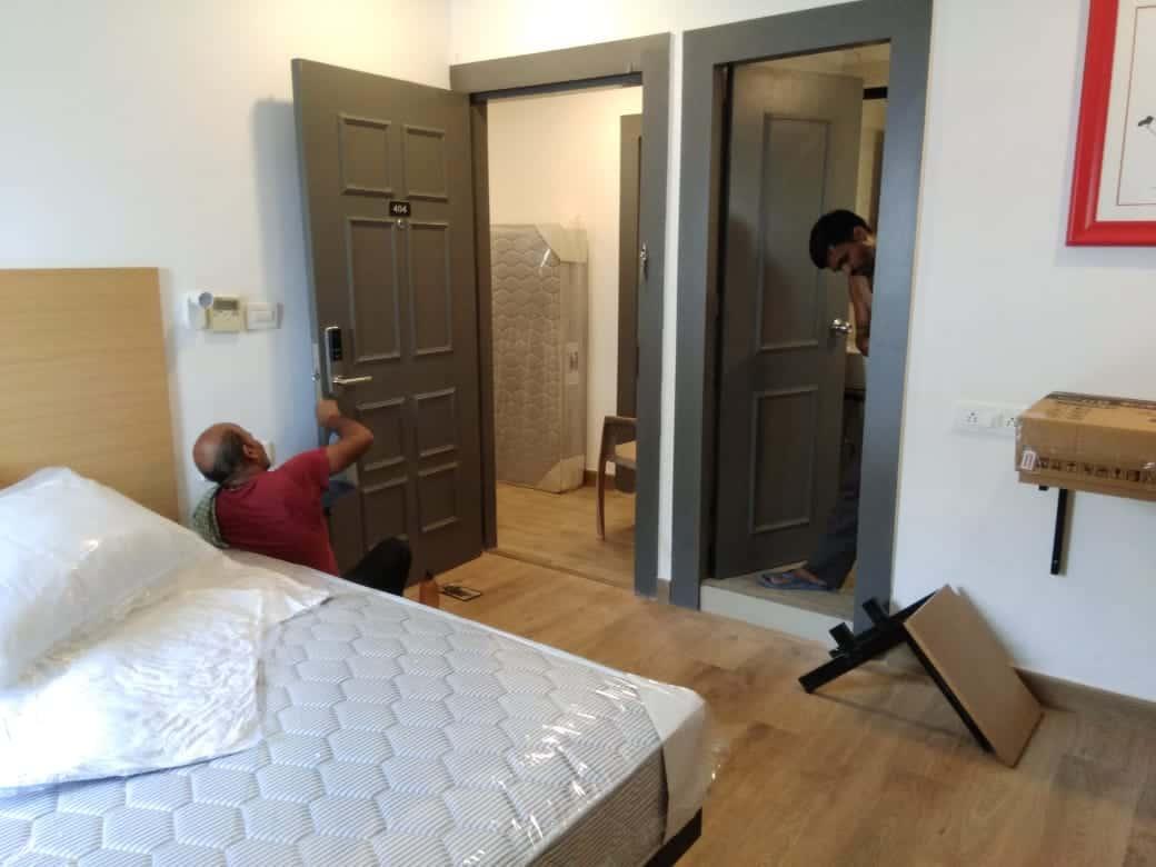 electronic door lock for hotels